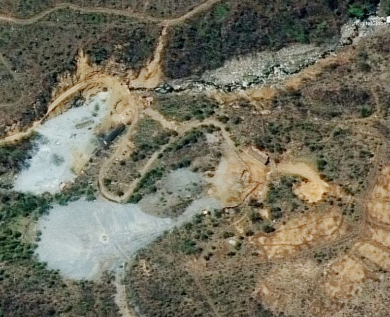 North Korea demolishes nuke test site with series of blasts