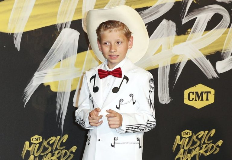Walmart yodel kid of viral video fame announces debut album