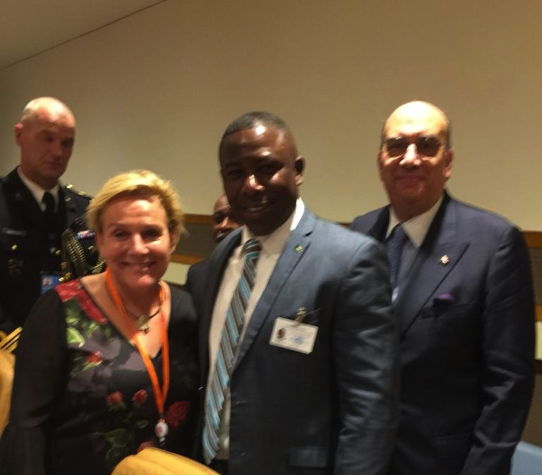 Wells discusses maritime issues with Netherlands Minister of Defence
