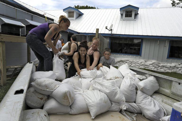 Category 4 Hurricane Michael roars nearer to Florida coast
