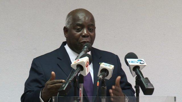 Davis questions foreign hires at DPP