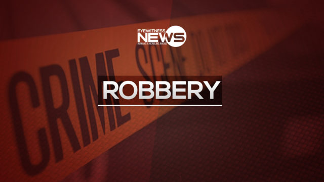 Man robbed on Lincoln Boulevard