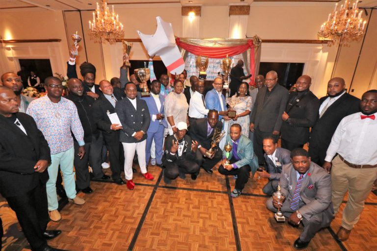 Culture Minister lauds Junkanooers at awards banquet