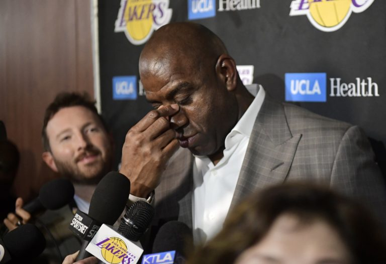 Magic Johnson abruptly resigns as Lakers' president