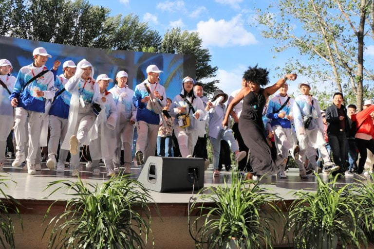 Bahamian vocalists and Brick City Band give high-energy performance at 2019 Beijing Expo