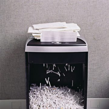 Report: Summer student shredded documents at NY Consulate Office