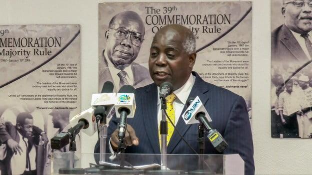 "Govt. must answer to BPL ""crisis"" says Davis"