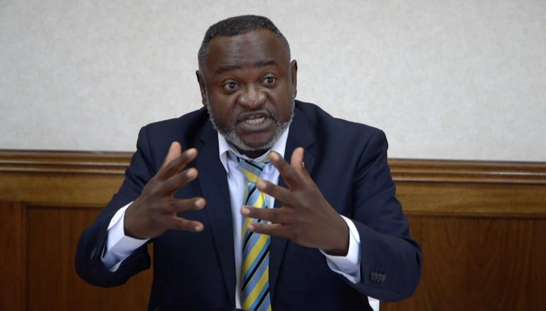 Ricardo Smith calls for removal of House speaker