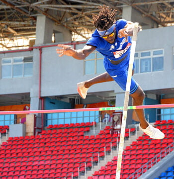 UB Mingoes multi-event specialist Kendrick Thompson breaks national record at Easter Classic