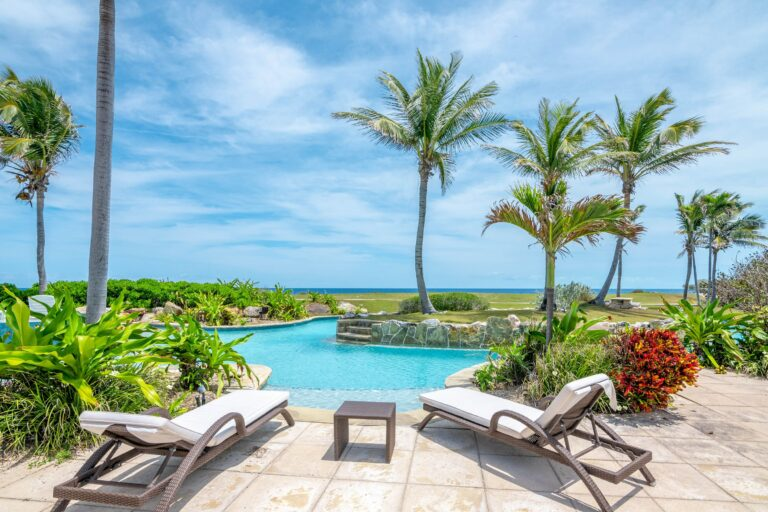 Another fantasy island in The Bahamas hits the market, along with Exuma's getaway home