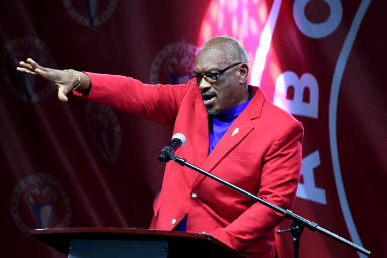 'NO BETTER PERSON': Minnis remains best choice to lead FNM, says JLP leader