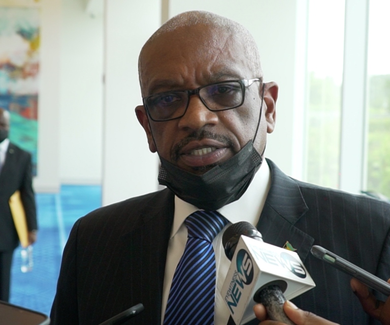 """COPY AND PASTE: Former PM accuses govt. of """"rehashing"""" FNM initiatives"""