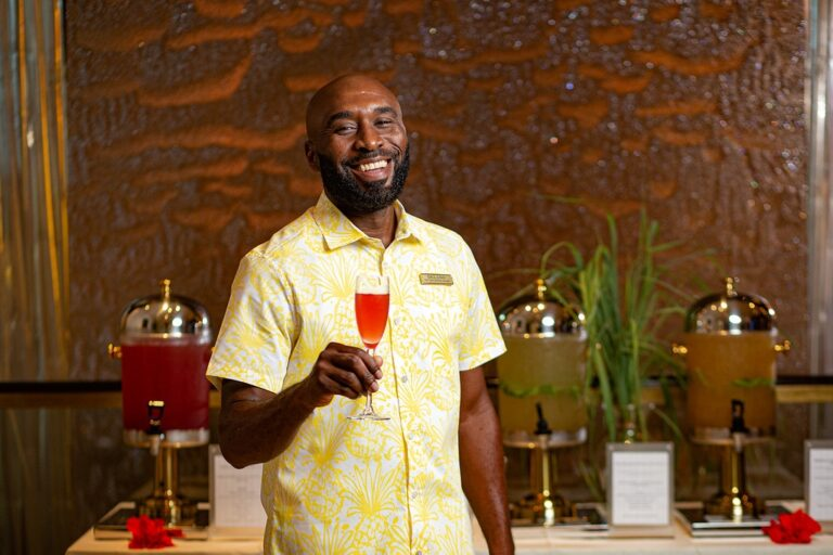 Mandara Spa offers 'bush tea' options for guests as spa relaunches Bahamas Botanical collection